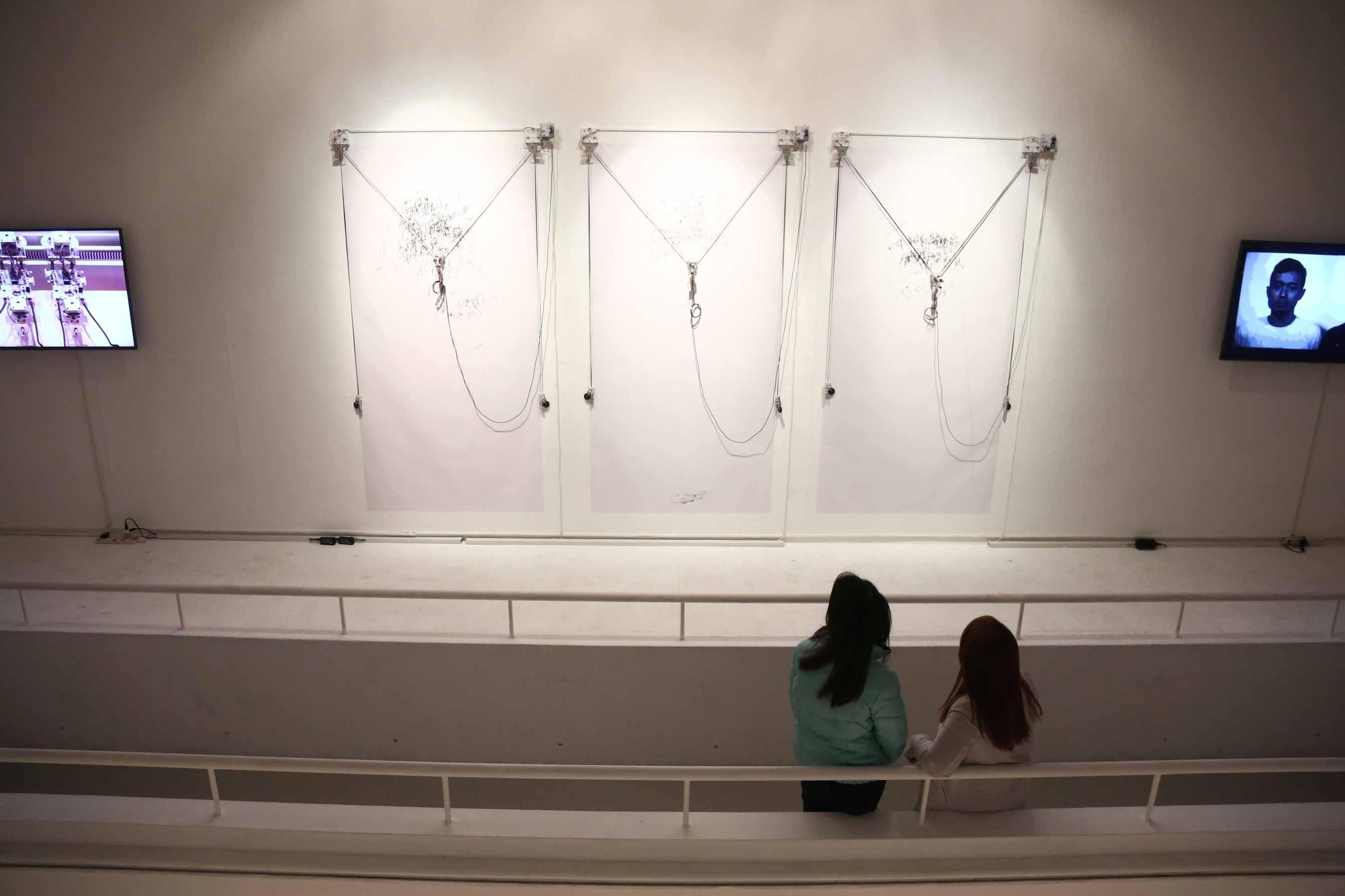 <i>SEMI-SENSELESS DRAWING MODULES Trilogy</i> by Kanno So, Takahiro Yamaguchi (Japan)