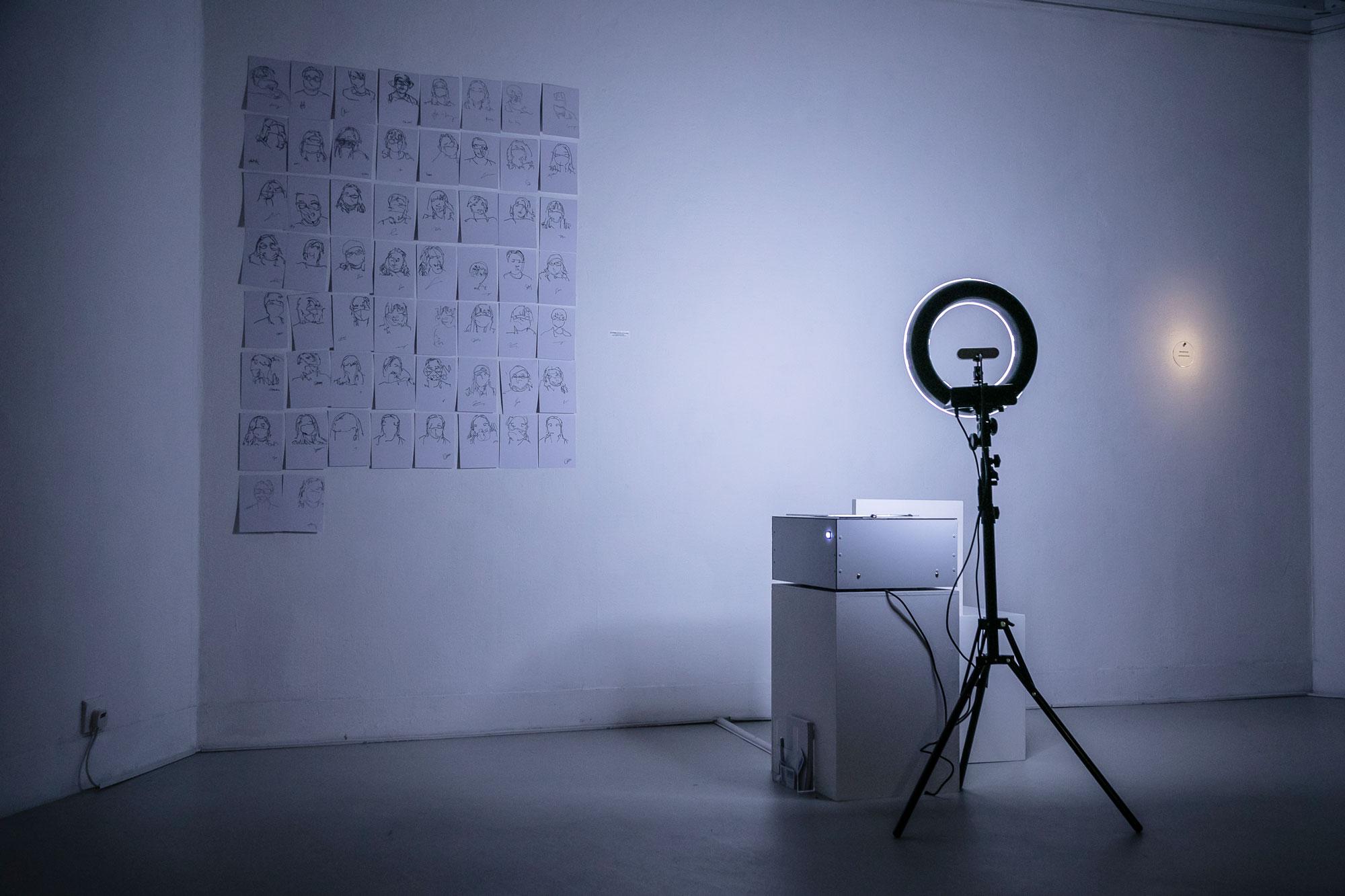 《Blind Self Portrait》Kyle McDonald, Matt Mets (美國)